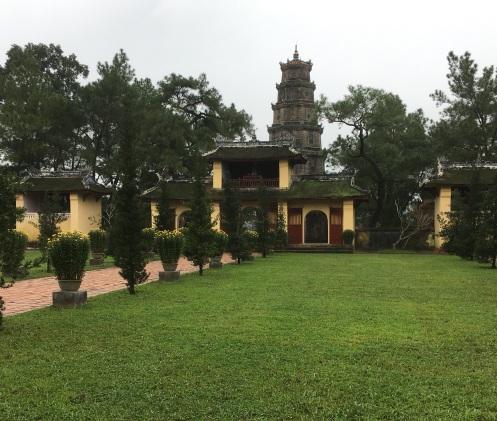 pagoda-grounds